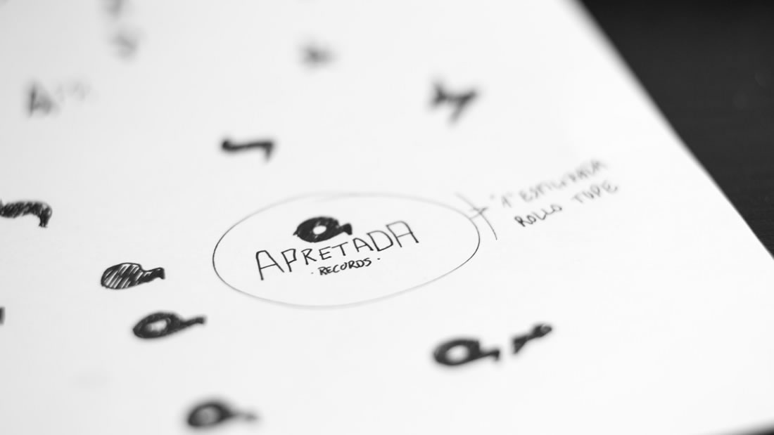 Logotipo Apretada Records por Drool estudio creativo - 8