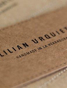 Lilian Urquieta - Branding y Tienda Online por Drool Studio