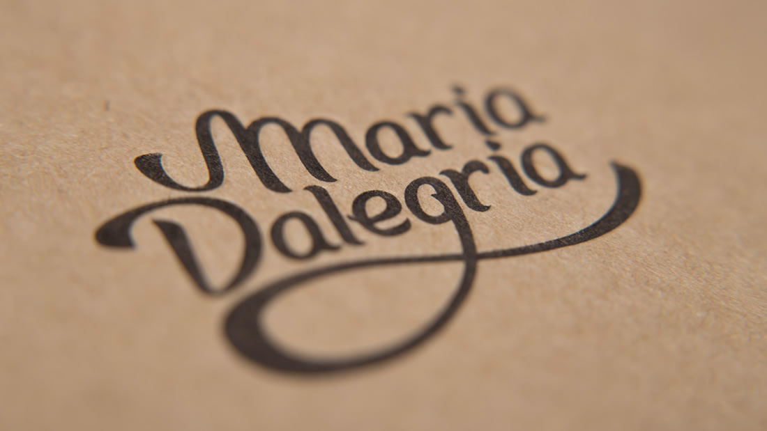 Diseño editorial Maria Dalegria por Drool estudio creativo - 3