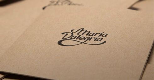 María Dalegría - Branding / Diseño editorial por Drool Studio